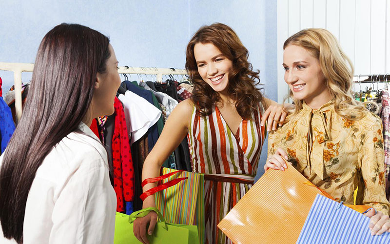 Troubles Girls Face When Shopping